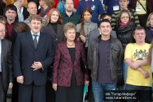Групповой снимок в Министерстве по делам молодежи, спорту и туризму Республики Татарстан.
